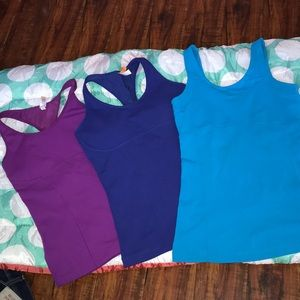 💙💜 Lucy tank tops